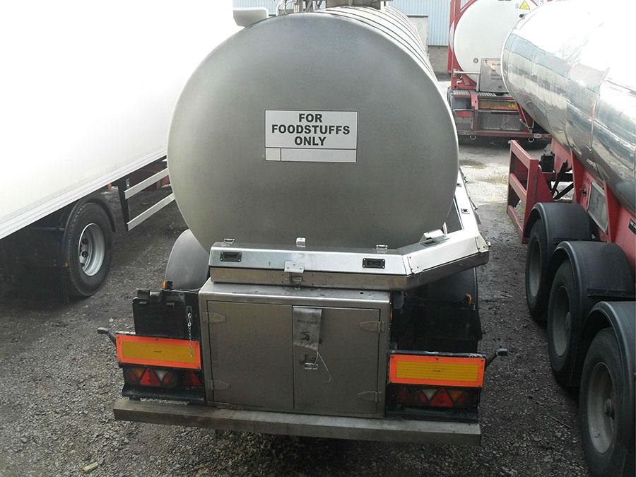 food grade tanker hire pic