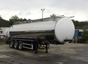 Drinking Water tanker for bulk water supply